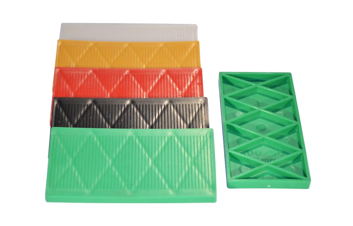 spessore-100-x50-spessori-in-plastica-per-vetri-e-finestre_