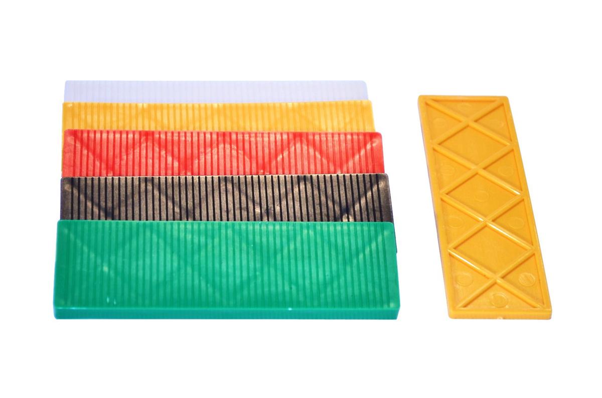spessore-100x30-spessori-in-plastica-per-vetri-e-finestre_