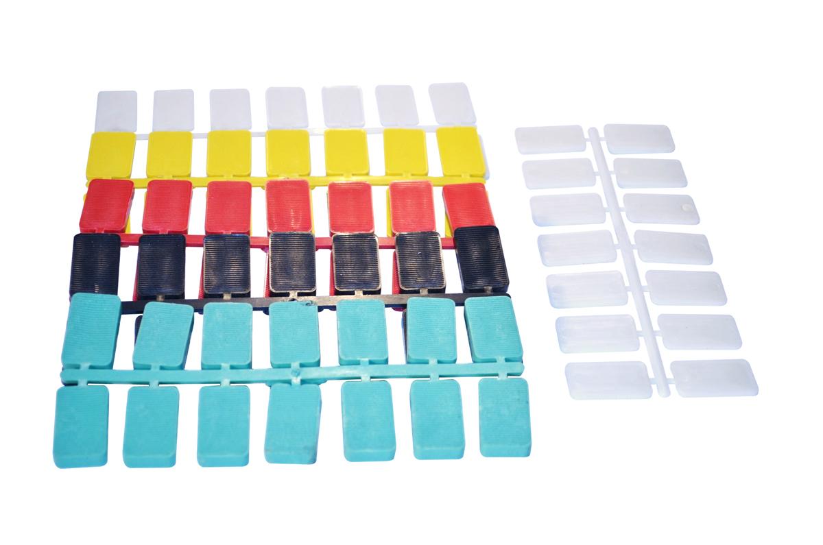 spessori-40x24s-in-plastica-per-vetri-e-finestre_